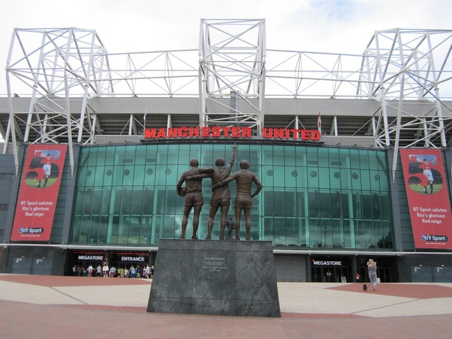Old Trafford Statue