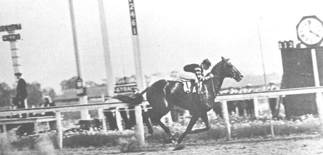 Horse Racing 1920s