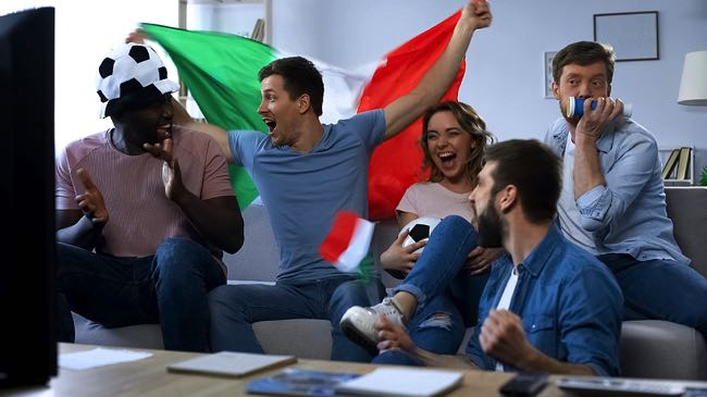 Happy Italy football fans